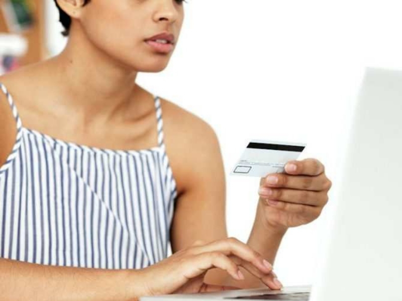 Payment with card for online purchase